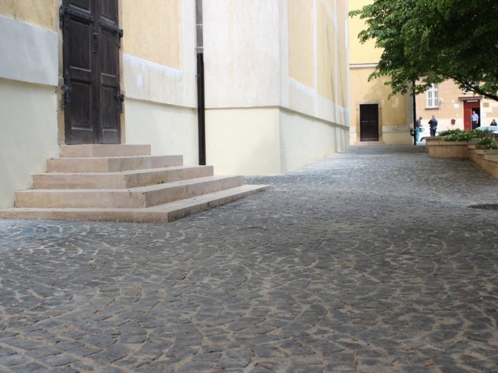 Béla Király tér, Szekszárd