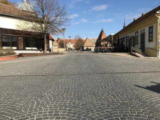 Eszperantó tér, Gyula