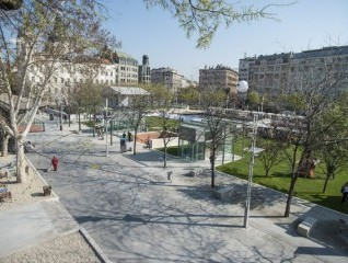 Erzsébet tér, Budapest